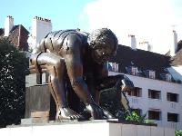 bl-statue-w200